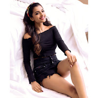 Ashna Zaveri Latest Photo Shoot TollywoodBlog