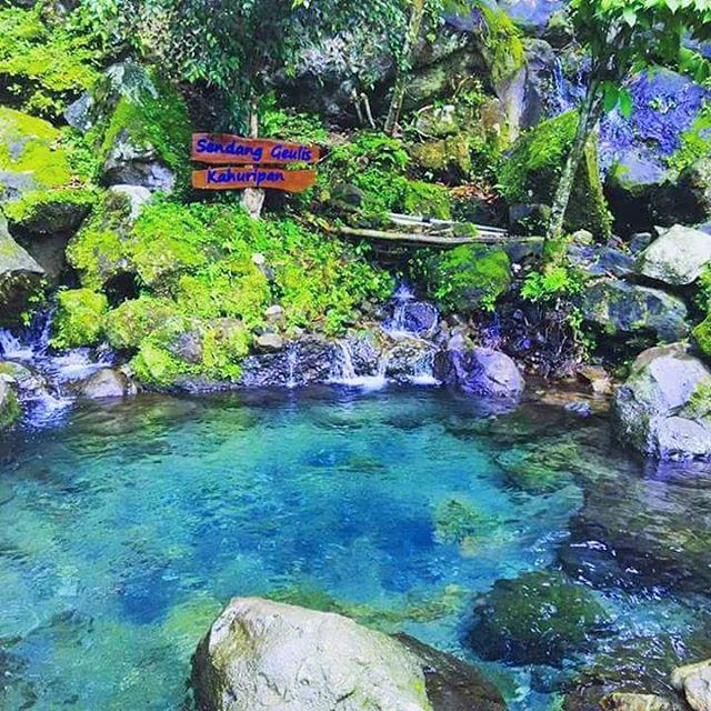 Sendang Geulis Kahuripan, Wisata Bandung