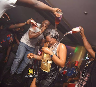 It Rained Champagne At Popular Benin Nite Club (pics)