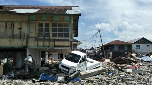Ajaib, Lima Hari Tertimbun, Lima Korban Gempa Ini Ditemukan Hidup