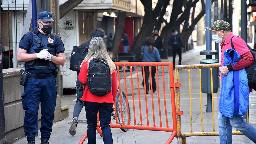 Tras una semana de flexibilización, volvieron los controles estrictos a la ciudad de Córdoba