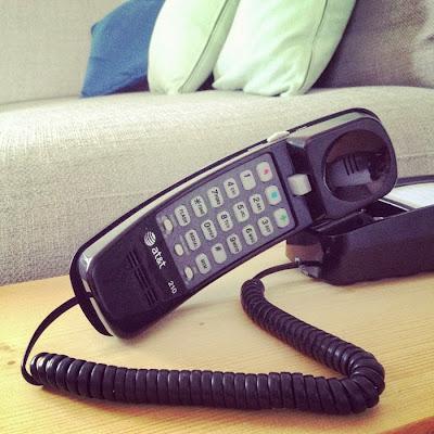 レトロでおしゃれなアメリカの黒い電話
