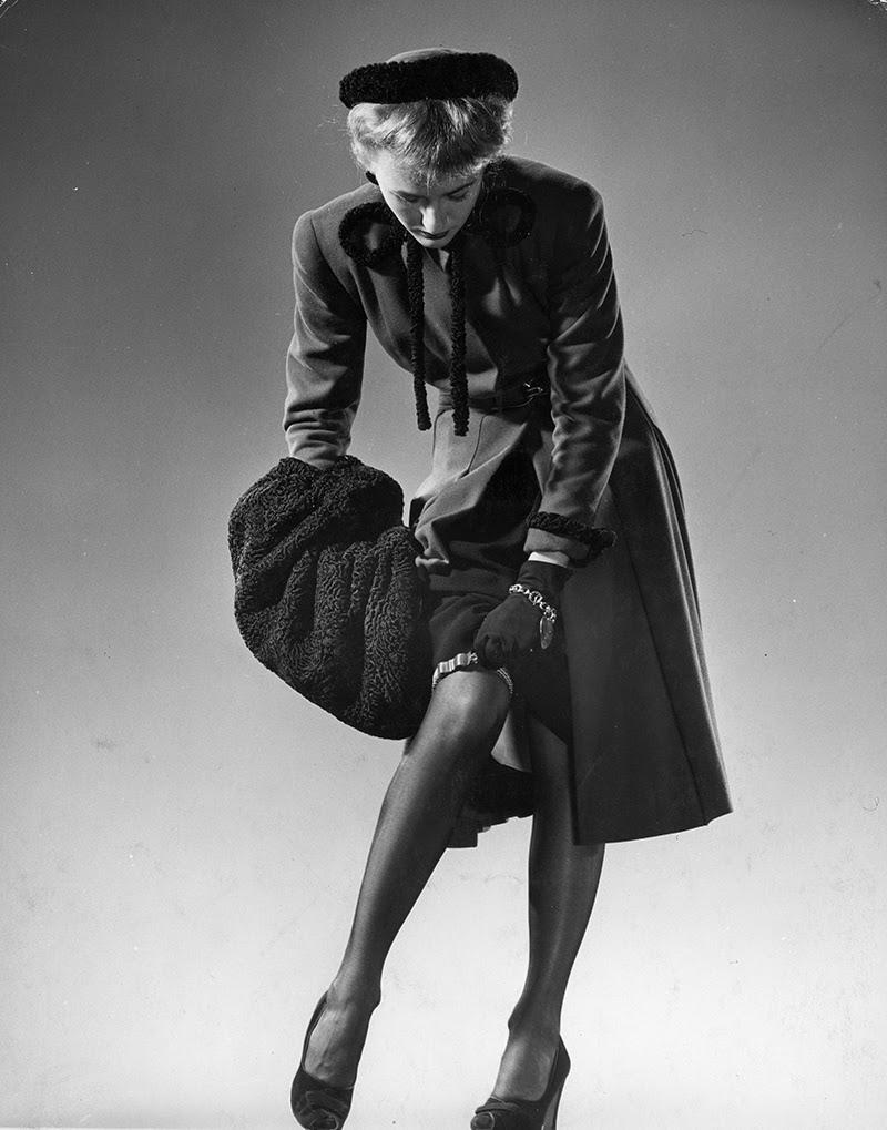 Vintage Nylon Pictures 25