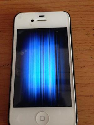 Thay man hinh dien thoai iPhone 4 gia re