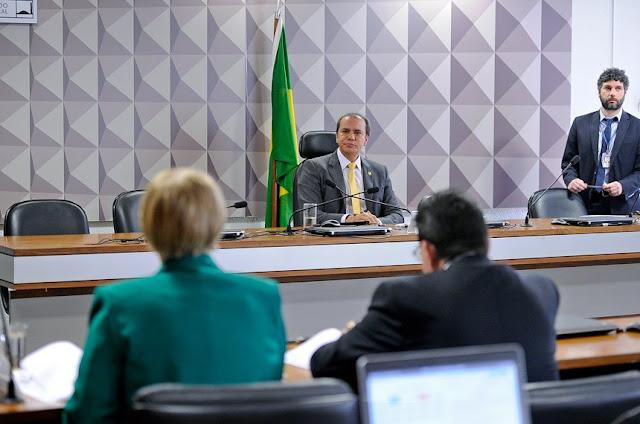 Comissão de Transparência aprova projeto que beneficia deficientes visuais