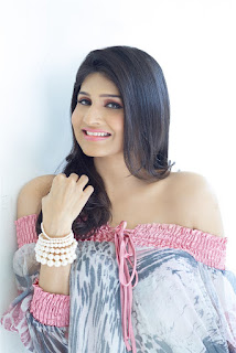 Actress Anjenakirti images