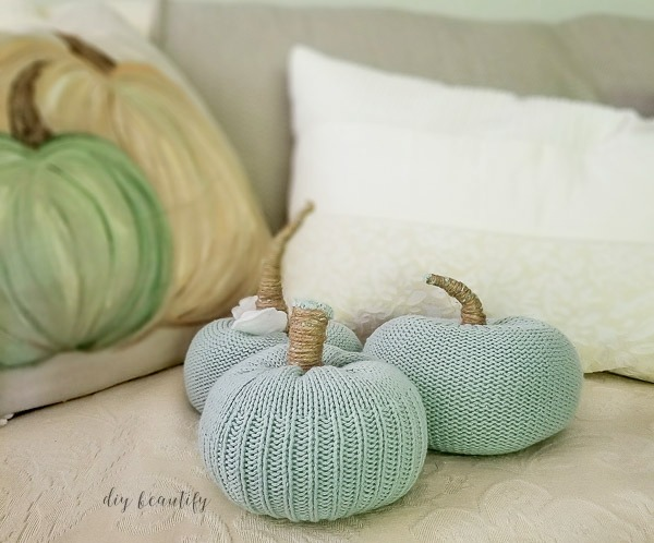 sweater pumpkins for fall decor