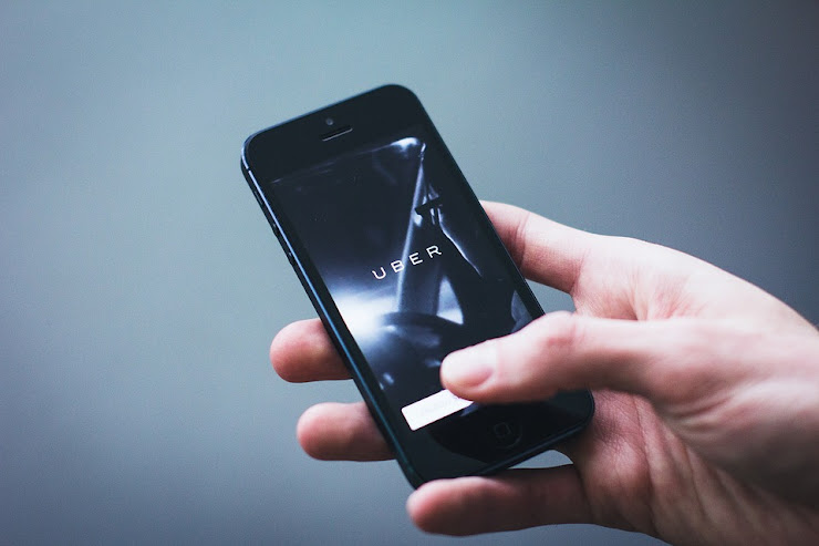 Say Goodbye to local network, Uber now lets you call the driver from application using internet