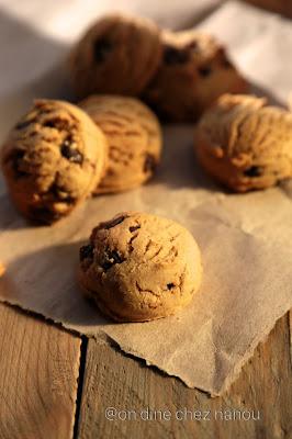 gouter , cookies , chocolat , beurre de cacahuetes