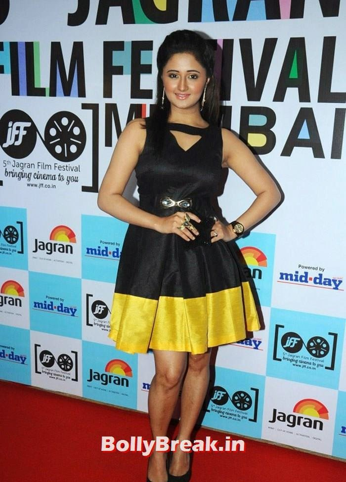 Rashmi Desai, 5th Jagran Film Festival Red Carpet Pics
