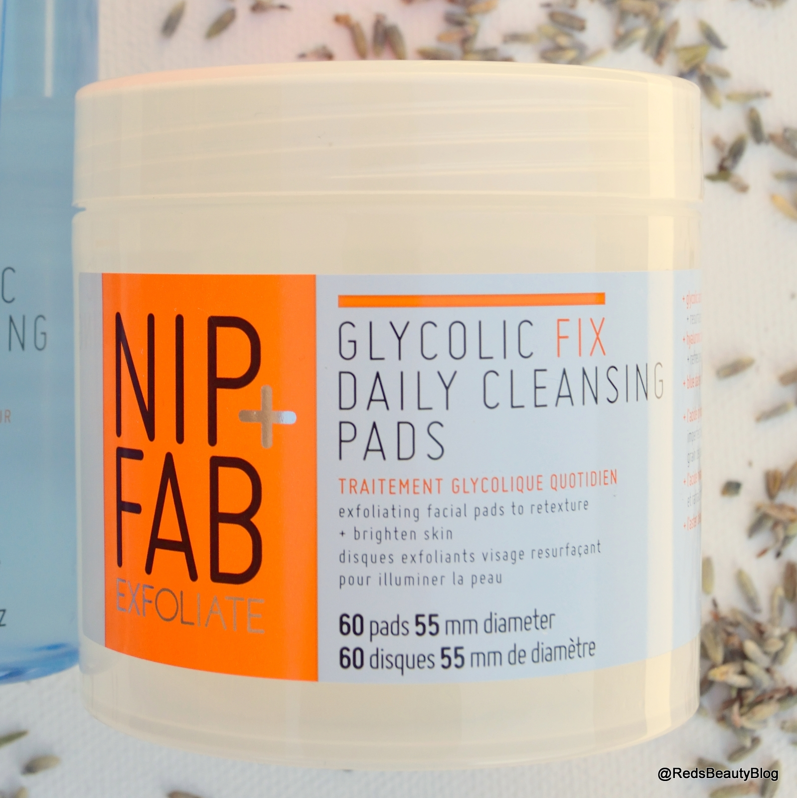 a picture of Nip + Fab Glycolic Fix Daily Cleansing Pads