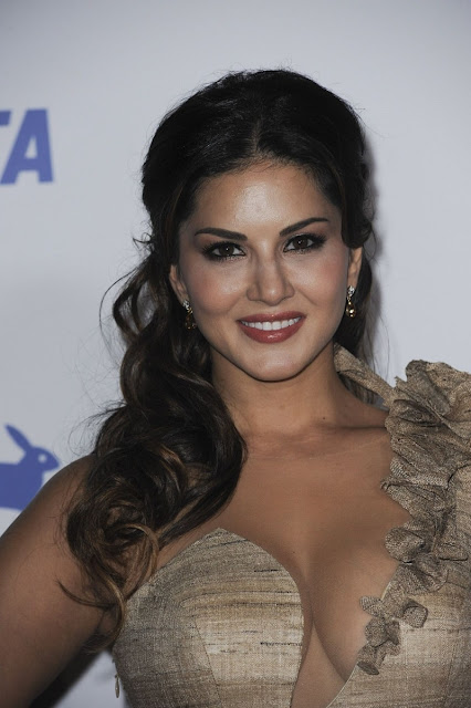Sunny Leone in sexy khadi colour dress at PETA's Anniversary Party