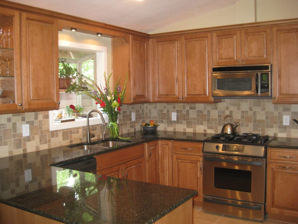 Top granite kitchen platforms and modern countertop ... on Granite With Maple Cabinets  id=57803