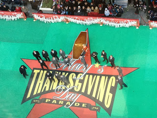 "Daniel Radcliffe & ""How to Succeed"" at Macy's Thanksgiving Parade"