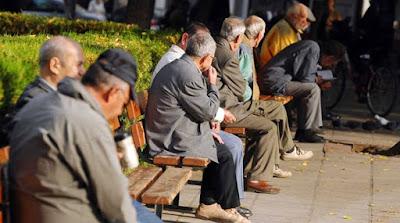 Μελέτη σοκ: Η Ελλάδα γερνάει και μικραίνει.Το 2050 θα έχει 2 εκατ. λιγότερο πληθυσμό!