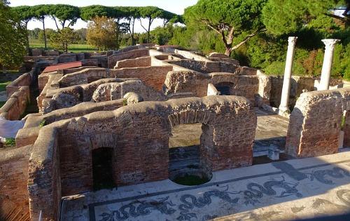 mosaici ostia antica