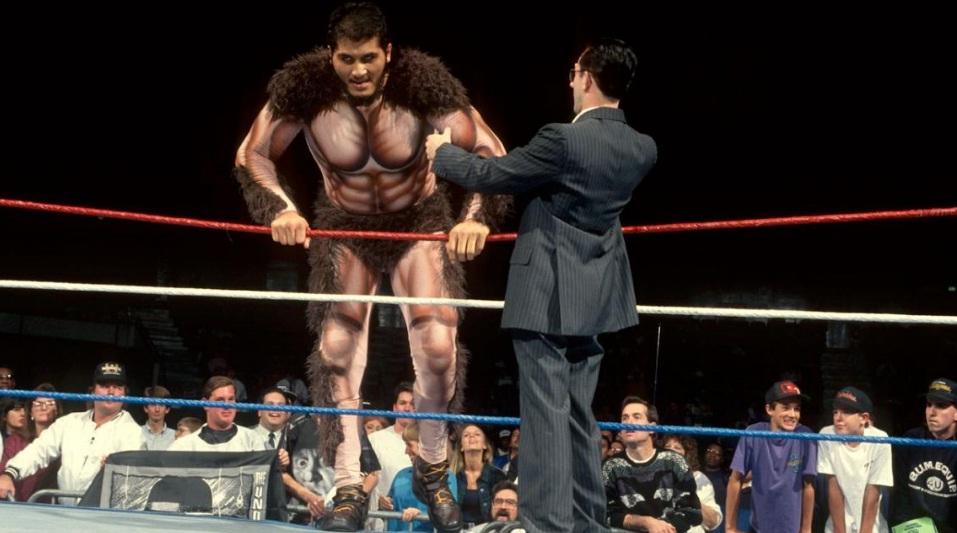 8 Foot WWF wrestler Giant Gonzales