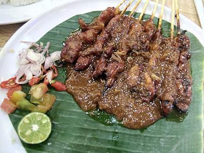 Bakso Lapangan Tembak Senayan - Sate Ayam Nasi