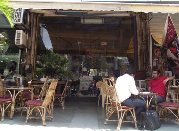 Tips Sukses Menjalankan Bisnis Cafe Kecil-Kecilan