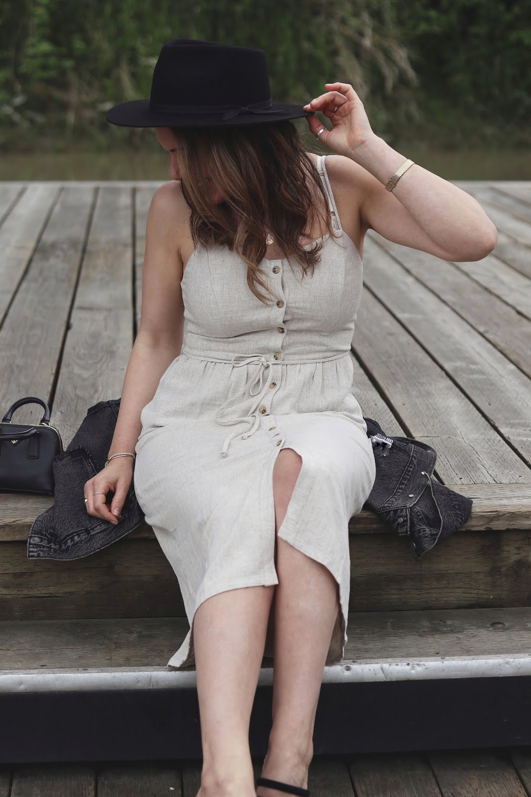 summer outfit idea linen midi dress le chateau vancouver blogger lack of color hat