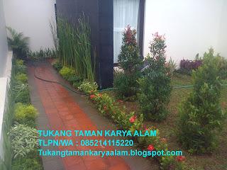 <img scr='nama_file_gambar.jpg'  alt='Tukang Taman Di Jakarta' />