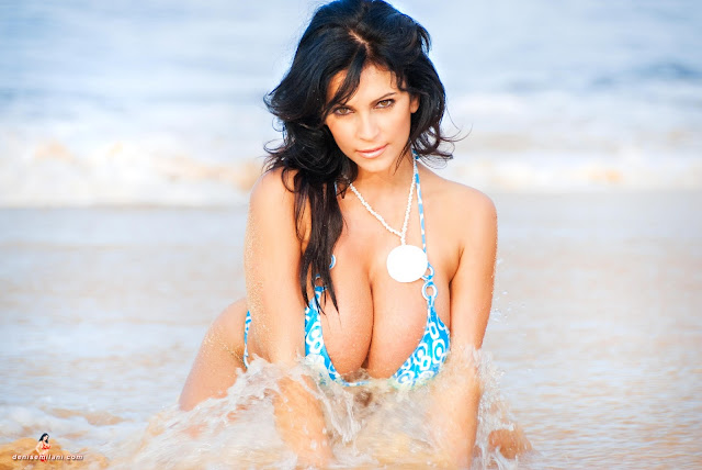 Denise-Milani-Big-Beach-hd-and-hq-photoshoot-image-33
