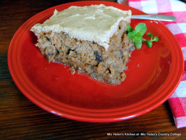 Caramel Apple Poke Cake at Miz Helen's Country Cottage