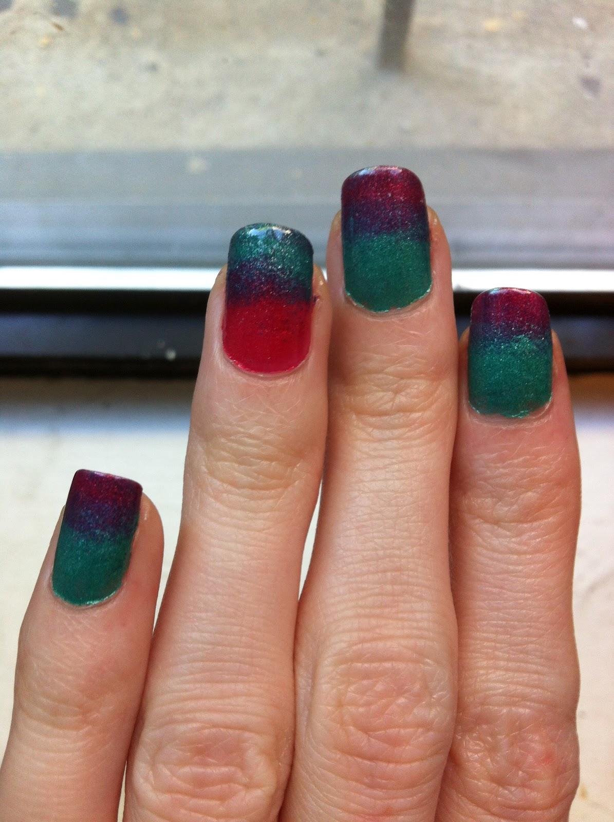 Evlady: Summer Gradient Nails