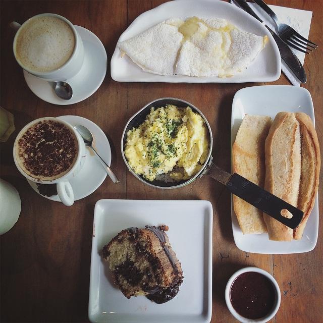 Café da manhã Empório Jardim