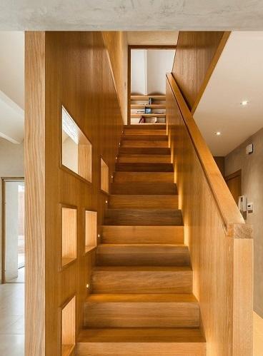 Fotos ideas para decorar casas - Escaleras con peldanos de madera ...