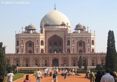 Tempat wisata populer dan terkenal di India Humayun's Tomb