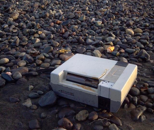 Um video game antigo na praia