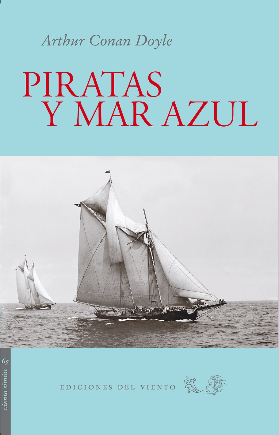 Piratas y mar azul