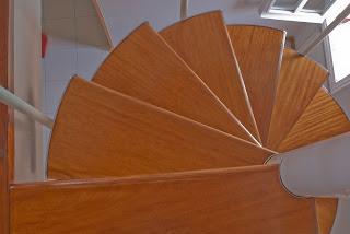Areglar escalera de madera