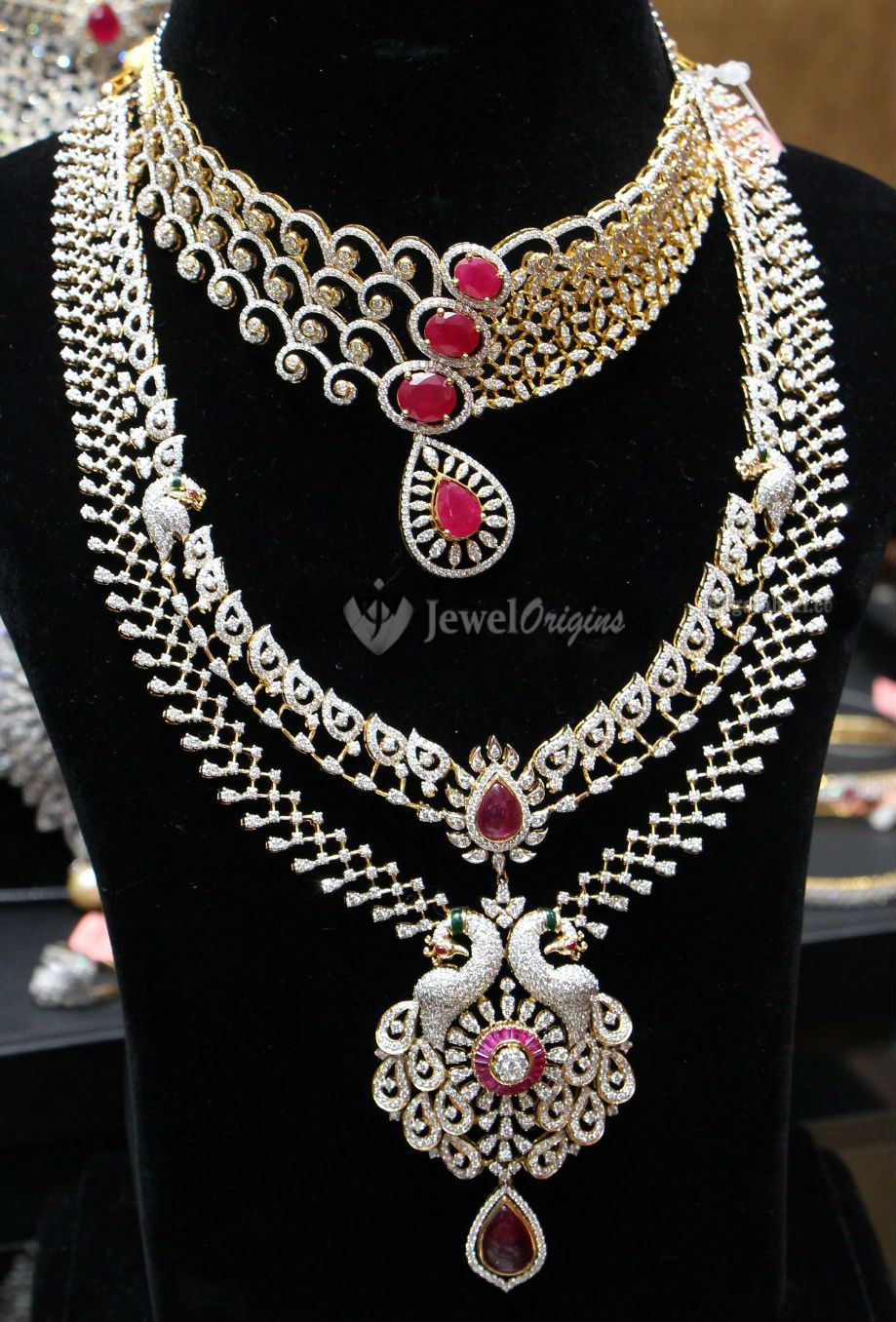 Traditional South Indian Diamond Necklace Designs T