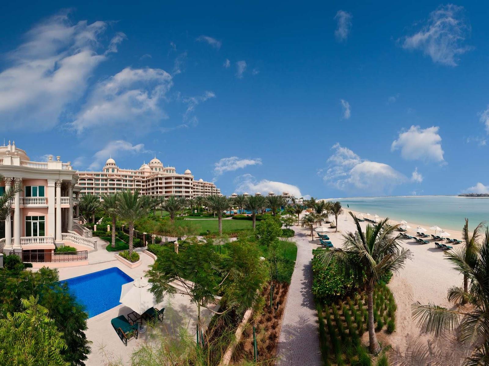 Travel Trip Journey: Palm Jumeirah Dubai