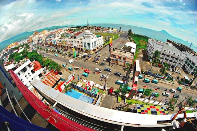 tempat wisata di manado - Manado Boulevard