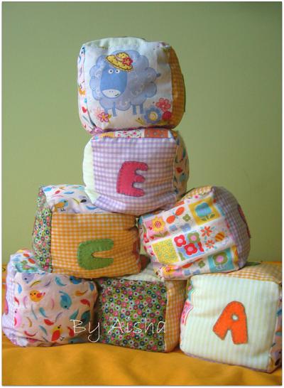 Cubos de tela para bebes hechos a msno