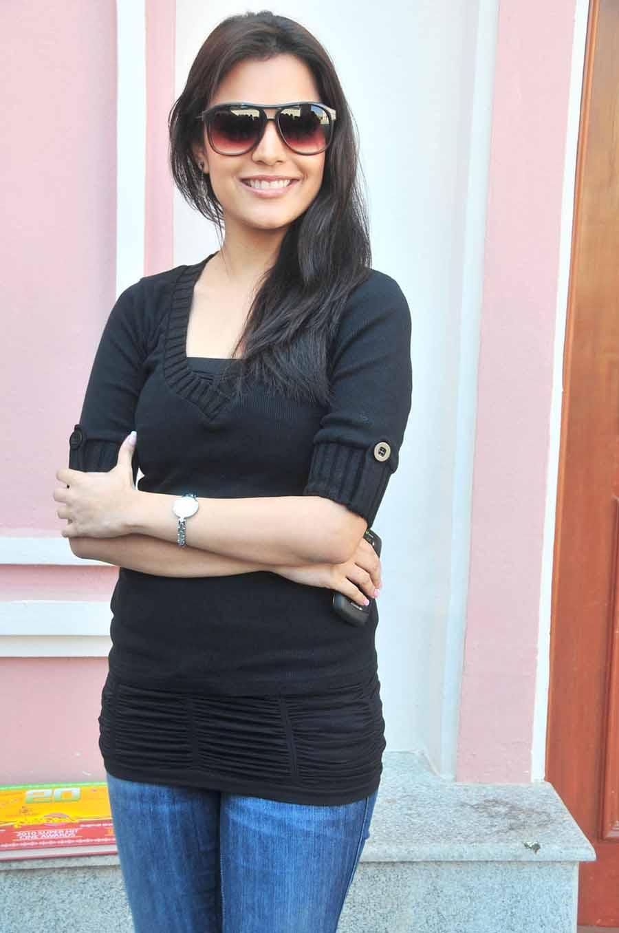 Deepakc 190 Nisha Agarwal Sister Of Kagal Agarwal Hot -7453