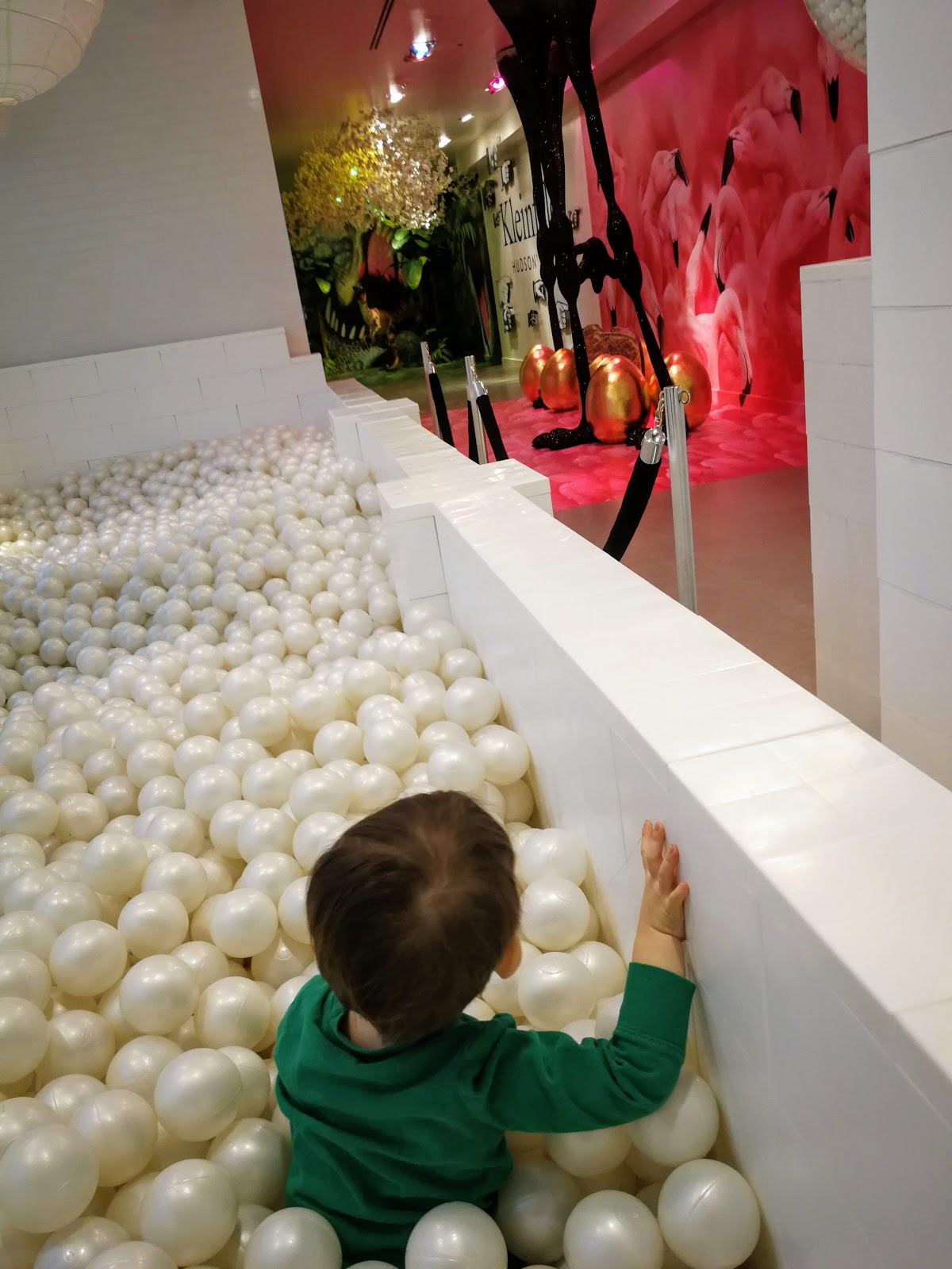 #The7TO Ball Pit Bubble Bath