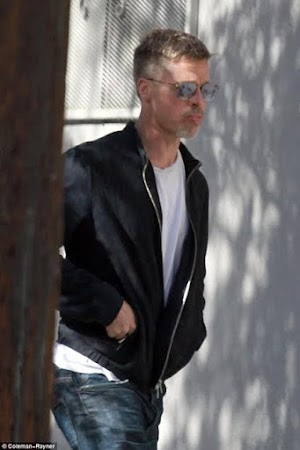 Checkout photos of Popular Actor Brad Pitt looking incredibly thin after parted ways with wife