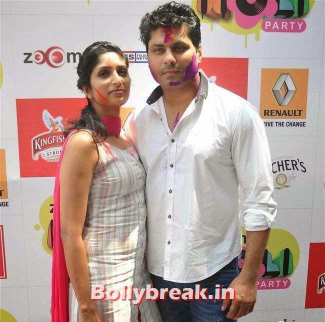 Reshma Gangji and Riyaz Gangji, Sunny, Tanisha, Poonam & Kainaat at Zoom Holi Party 2014