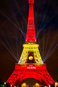 La Torre Eiffel, iluminada con los colores de España