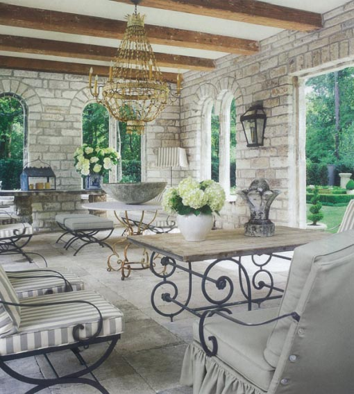 Outdoor Design 3 - Design by Pamela Pierce, image via Chateau Domingue, as seen on linenandlavender