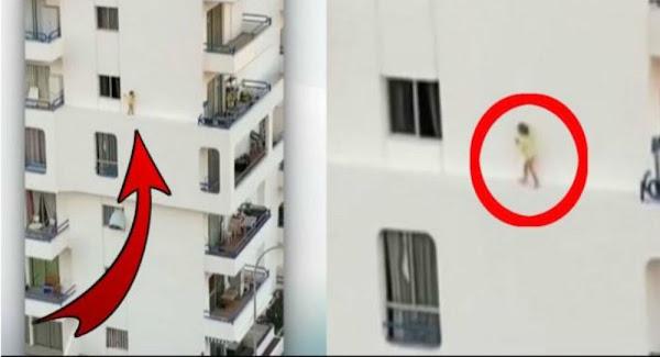 Κοριτσάκι τεσσάρων ετών τρέχει σε περβάζι στον 4ο όροφο πολυκατοικίας - Βίντεο