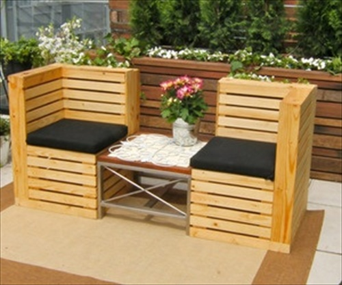 Indoor and Outdoor Pallet Bench Sitting Area - Pallet Furniture