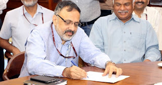 Rajiv Gauba takes over as Union Home Secretary post from forerunner Rajiv Mehrishi