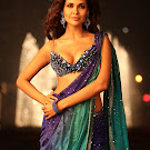Jannat 2 Esha Gupta Spixy in Saree Photo Gallery