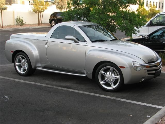 Owners And Manual Owners manual 2004 Chevrolet SSR convertible