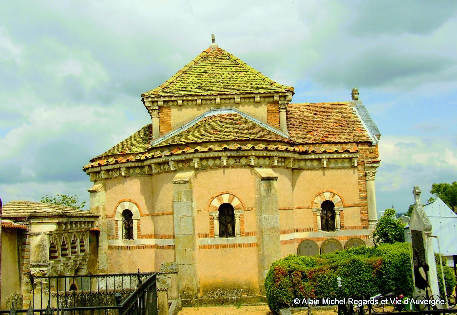 Sermentizon, cimetière, chapelle.